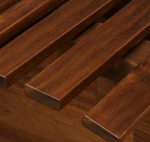 Luxusní houpací lehátko z  akátového dřeva