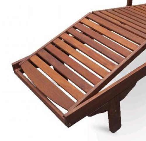 Lehátko k bazénu z tropického dřeva