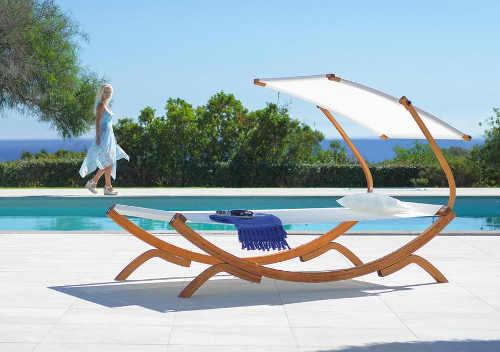 Praktické relaxační lehátko nejen na zahradu
