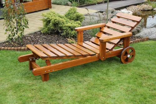 dřevěné zahradní moderní lehátko